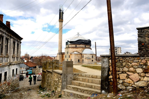 Prizren - © François Struzik - simply human 2008 - Kosovo - Sinan Pasha Mosque