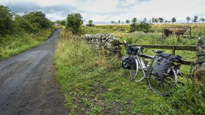 Cycling coast to coast - England, United Kingdom  © François Struzik - simply human 2018 - - Northumberland