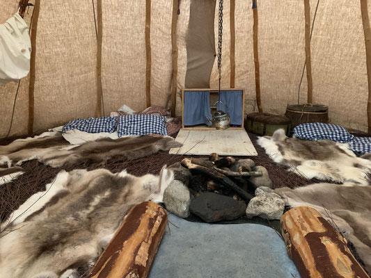 Das innere eines Sami Zeltes, Ajtte Museum Jokkmokk