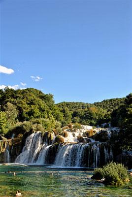schwimmen beim Wasserfall Krka
