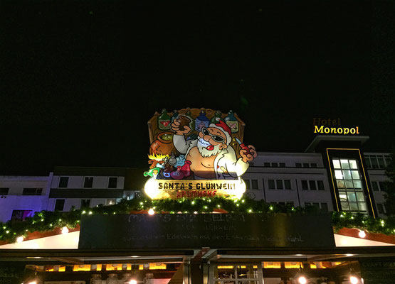 Santa's Glühwein Apotheke