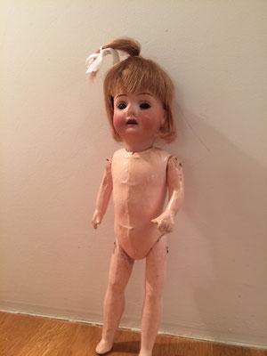 Restauration poupées anciennes
