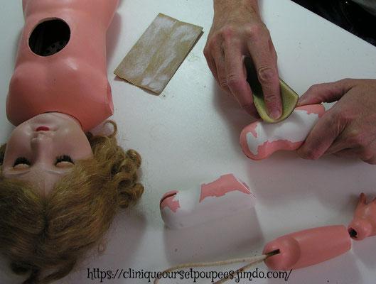 Clinique pour poupées, poupons, baigneurs, ours et animaux en peluche