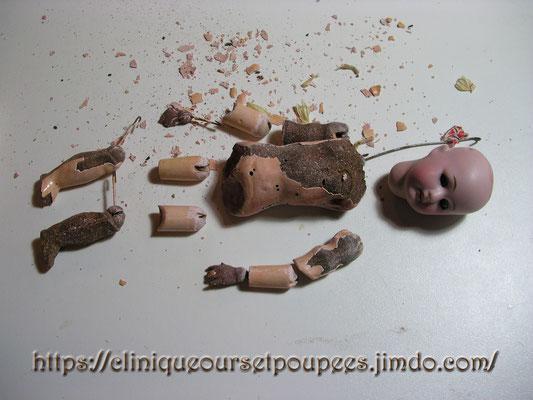 Une poupée Mignonnette à restaurer au Musée de la Poupée Paris