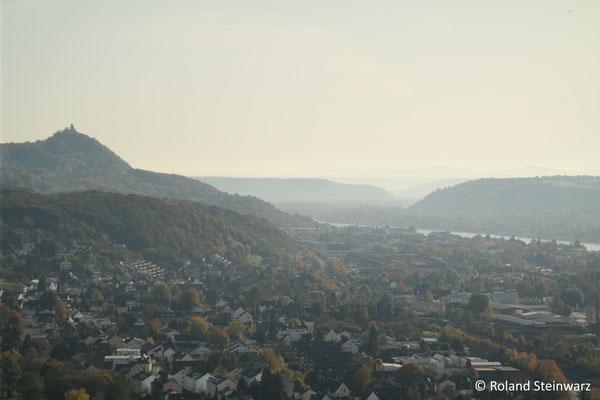 Ausblick von Oberkassel Richtung Drachenfels