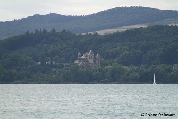 Das Kloster Maria Laach am Südwestufer