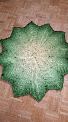 Sternendecke in Gelb-Grüntönen aus Baumwollmischgarn