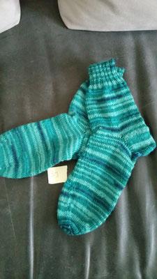 Socken aus 4fach Schurwollsockengarn Gr. 39