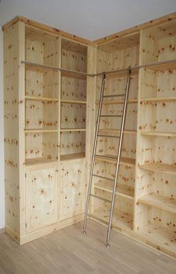 Arbeitszimmer Zirbenholz