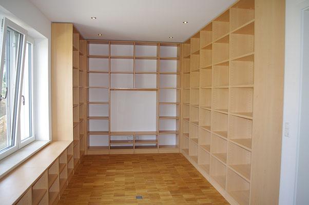 Bibliothek in Buche