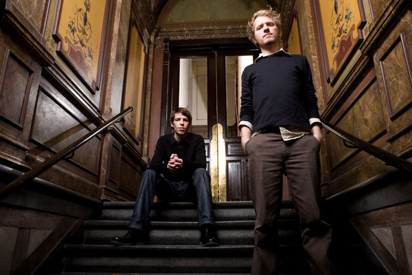 Offizielles Pressefoto 2007 in unserem ersten Büro (bzw. Treppenhaus), Foto von Roberto Hegeler