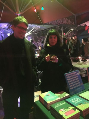 Peter und Nefeli, Weihnachtsmarkt, Hamburg 2018