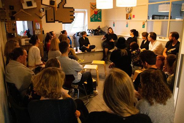Leseclub mit Sophie Passmann, Atelier Freudenhammer, Hamburg 2019