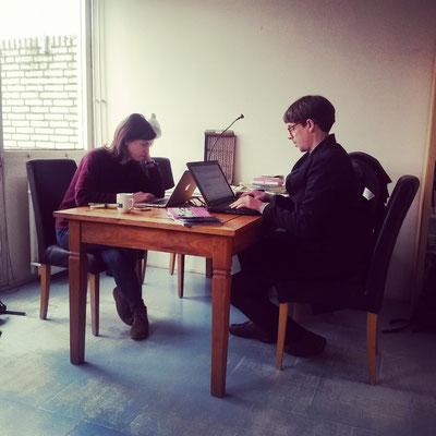 Hannah und Peter bei der Arbeit...