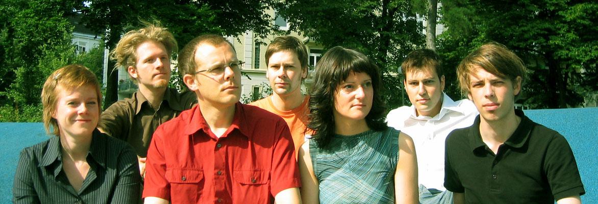 Unser offizielles erstes Pressefoto (von Jan Deichner). V.l.: Konstanze Ehrhardt, Daniel Beskos, Jan Billhardt, Marc Frese, Melanie Reiling, Stefan Boskamp, Peter Reichenbach