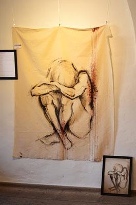 """""""Fallen Angel"""" -  2014, Acryl, Blut und Stahl auf unbehandeltem Leinen, 120 x 150 cm, Kaufpreis 2200,-"""