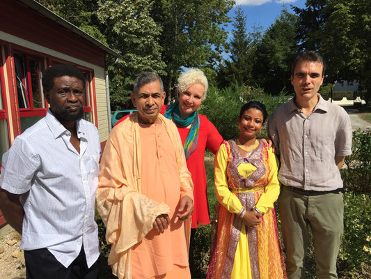 Gretz 28th August 2016 - With Swamiji, Madhusudan and Aritraa Mitra