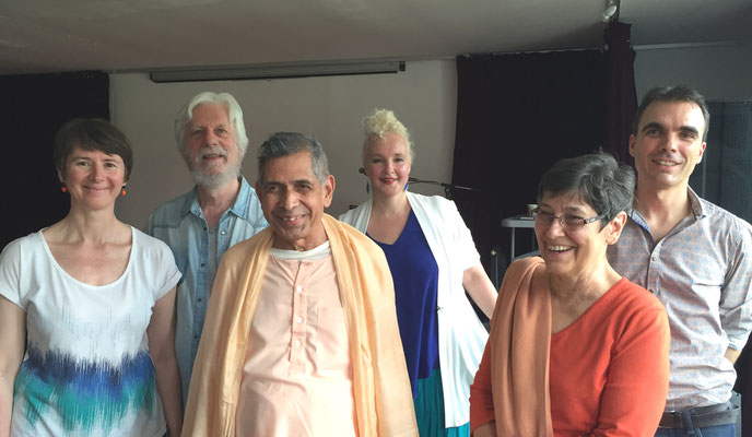 After the show - Gretz 30th July 2016 - Swamiji, Brahmaprana, Lise & Bhaktaraj