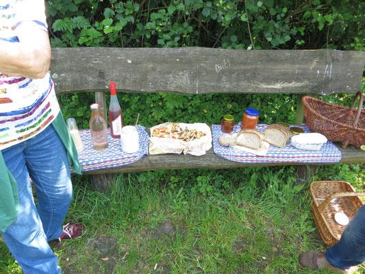 Köstlichkeiten aus der Kräuterküche: Foto, Werner Zahn
