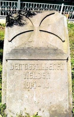 Kriegerdenkmal 1914-18, Foto: Pfarrer Wolfang Globisch, Oppeln