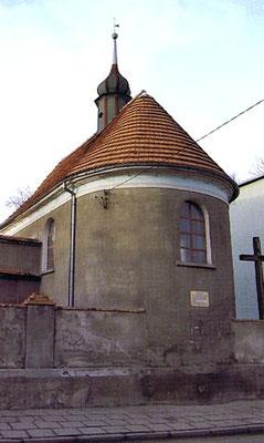 """Nikolaikapelle in der alten Fischersiedlung, Foto aus Buch """"Sakrale Denkmäler"""" von Henryk Romańczyk"""