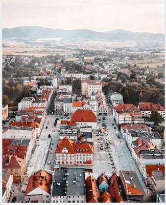 Blick über den Ring auf das Reichensteiner-Gebirge, Foto: Epepa Travel Blog