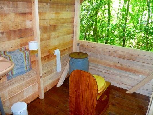 toilette sèche Centre de Yoga Viveka