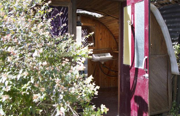 Badezimmer im Yoga und Meditation zentrum Südfrankreich