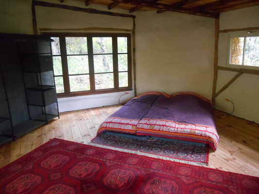 Eco accommodation Yoga and Meditation Centre South France
