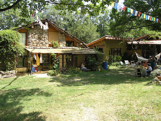 Yoga and meditation retreat centre South France