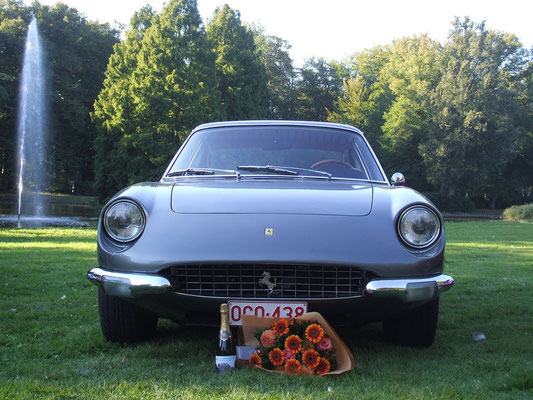 365 GT 2+2 @ Antwerp Concours 2012. 1st in Class.