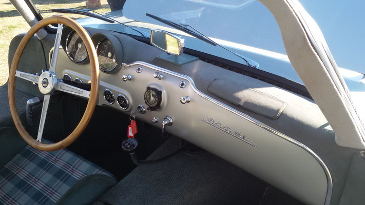 Nice stopwatch in 1952 300 SL Prototype....