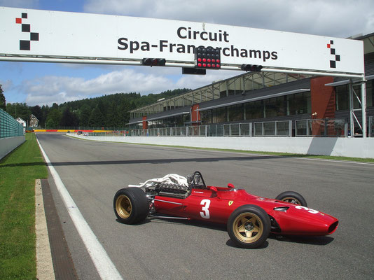 Wrong direction at Spa, Modena Motorsport Trackdays, 2013.