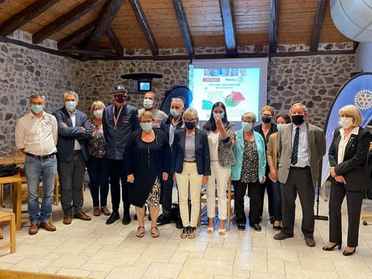 Remise des Chèques  des Clubs Rotariens - Yssingeaux - le 24 juin 2021