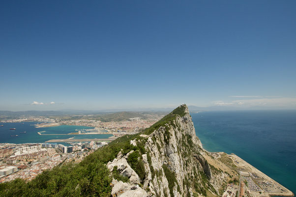 Nikon D300S, Sigma 10-20, ISO200, 11mm, f/7.1, 1/1250, Rock of Gibraltar