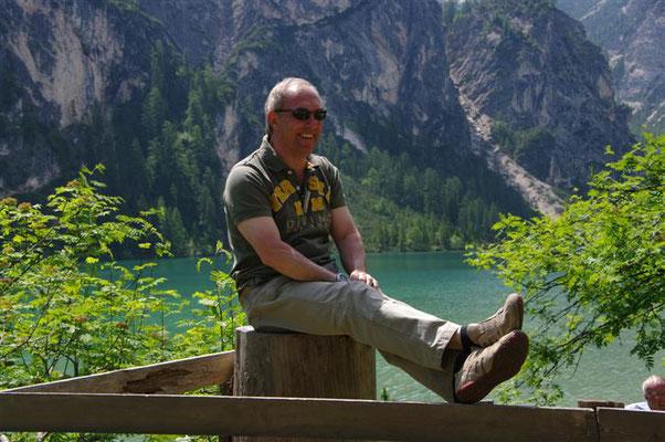 (Dolomiten - 2011) ...sind einfach gut drauf und können sich entspannen. Gleichgesinnte und die schöne Natur, bei unseren Ausfahrten, fördern das Gefühl der Zufriedenheit...