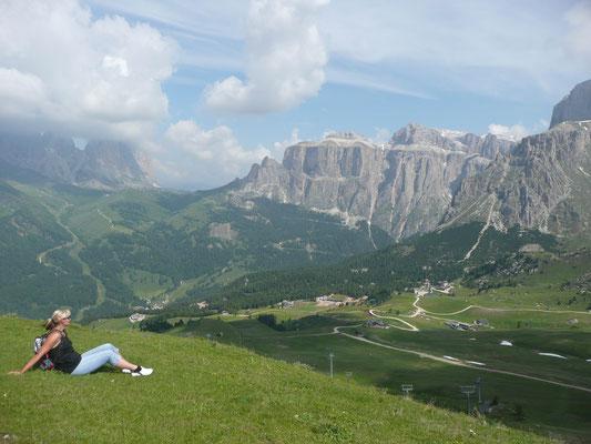 (Dolomiten - 2010) ... lieben die Natur und lernen gerne mit uns die schönsten Plätze kennen.