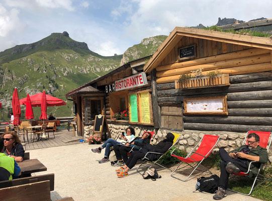 Rifugio Escursionistico - Canazei - Fedaia-Stausee (Lago di Fedaia)