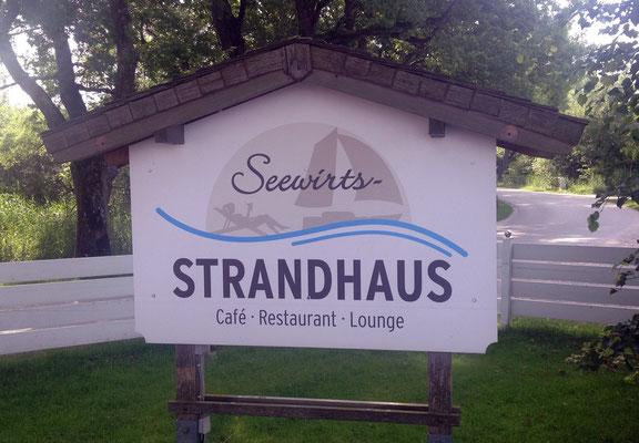 "Mittagspause im ""Seewirts – Strandhaus"" ."