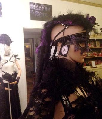 Gothic Headpiece, Maske und Bolero von Bloody Brilliants und Nebula Berlin