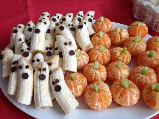 Geist Banenen und Kürbis Orangen für Halloween