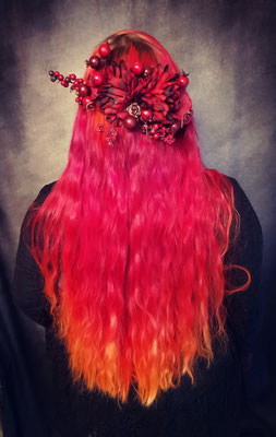 Sunset Hair mit Blumenhaarspange