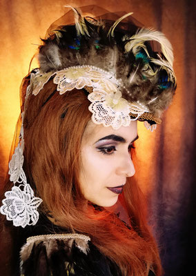 Steampunk Headpiece und Epauletten, Model: Nebula Berlin, Foto/Edit: Ishisu_y, Claudia die Designerin von Bloody Brilliants