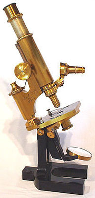 Mikroskop (Lizenz: gemeinfrei)
