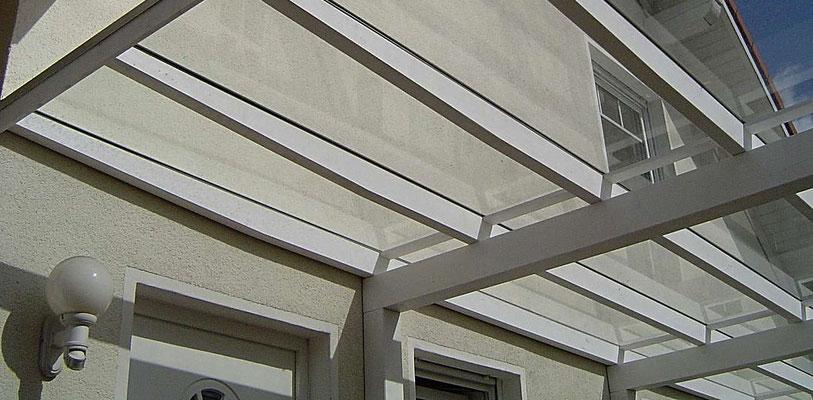 Beispiel Nr. GD10   Saubere Leimbinder-Konstruktion, weißgrundiert...