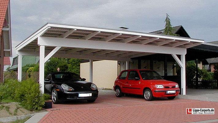 Beispiel Nr. SORC25   Dreiercarport VERONA CS. Charakteristisch ist der 100cm große Dachüberstand vorne.