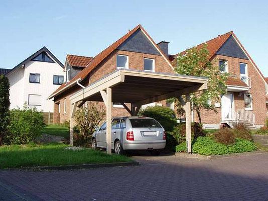 Beispiel-Nr. BR-16   Modell BREMEN als 4-Pfosten-Carport mit großem Dachüberstand. Farbgebung hier silbergrau