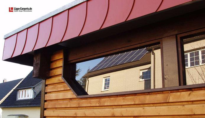Beispiel-Nr. MGR-25.2    Detail-Lösung Oberlicht für mehr Helligkeit in der Oldtimer-Garage. Schieferstrukturblende  als zusätzlicher Wetterschutz für die Attikaverblendung.