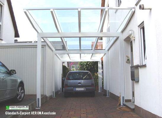 Beispiel-Nr. GD 37   Verona exclusiv Carport in der klassischen 3m Breite zwischen Hauswand und Nachbar-Garage eingepasst.