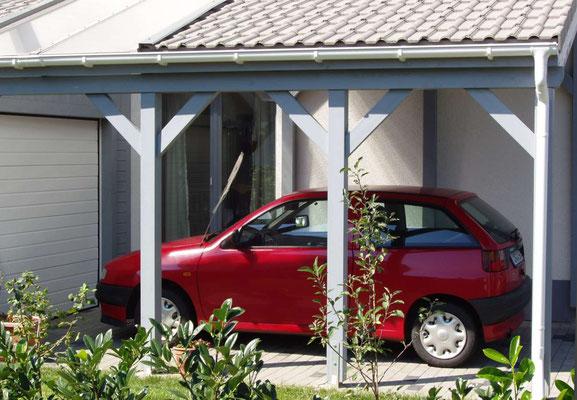 Beispiel-Nr. LDS-1   Schrägdach-Carport LANDSHUT mit Lichtausschnitt über Fenster
